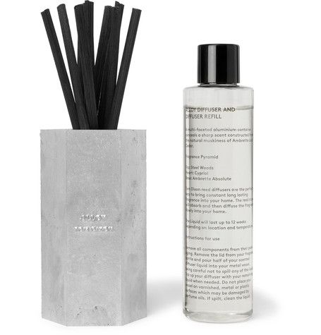 Epitomising the brand's sleek, industrial aesthetic, Tom Dixon's diffuser is housed in a brushed aluminium vessel. The fresh 'Alloy' fragrance is blended with woody notes of Ambrette Absolute, Steel Woods, Cedar and Cypriol, and the black reeds dissipate the aroma cleanly and evenly for up to 12 weeks. Place it in the hallway of your home to welcome your guests as they walk through the door.