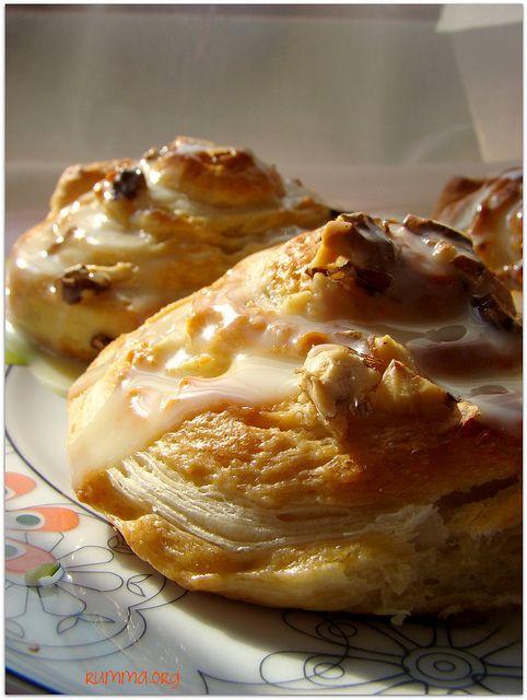 Milföylü mayalı çörek - rumma