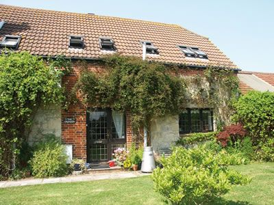 The Granary - Yarmouth, Isle of Wight @ Island Cottage Holidays - can't wait to go!