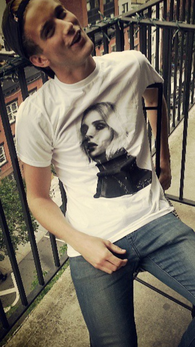 Pinned by Michael KnuutiRj King And Andrej Pejic