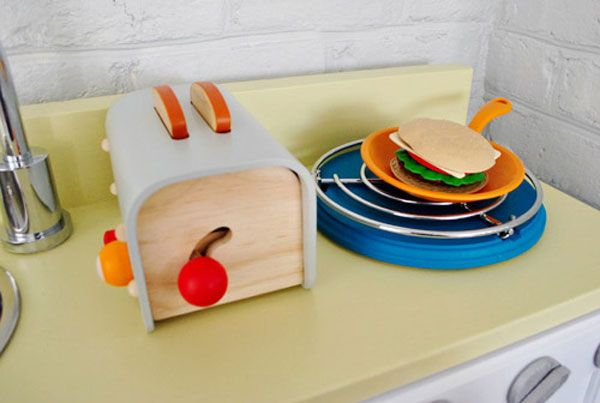 kids play kitchen accessories