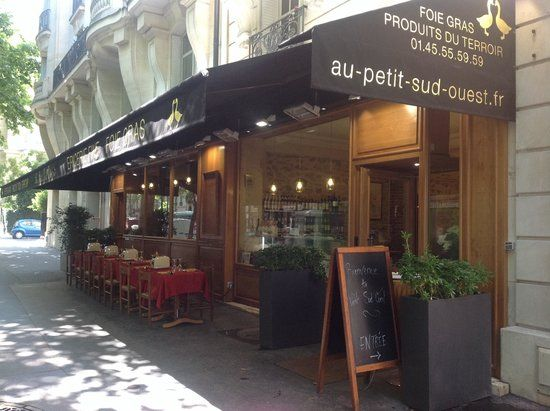 Photo of Au Petit Sud Ouest - great place for foie gras near Eiffel Tower and Napoleon's Tomb