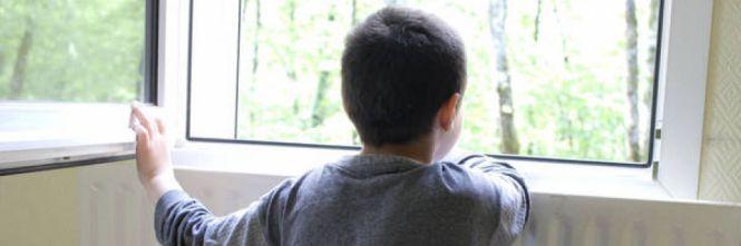 Nessuno va alla festa del figlio autistico, scatta la gara di solidarietà su Facebook