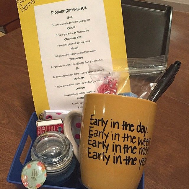 """Gifts made for pioneers at an annual pioneer meeting. Photo shared by @priscila.herrera. The list on the card: Gum - To remind you to stick with your…""                                                                                                                                                      More"