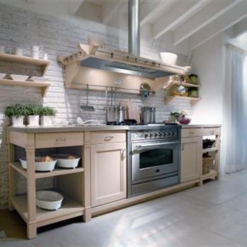 Η εξειδίκευση στον παραδοσιακό  σχεδιασμό  και η χειροποίητη κατασκευή επίπλων κουζίνας, επίπλων μπάνιου & επίπλων για όλο το σπίτι, έχουν α...
