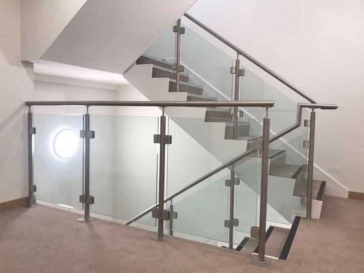 Toughened glass balustrade. https://londonglasscentre.net