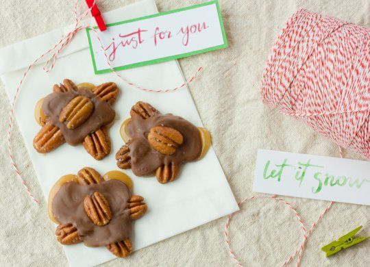 Homemade Gift Recipe: Caramel Pecan Turtle Clusters Recipes from The Kitchn | The Kitchn