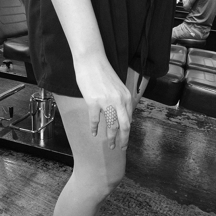 honeycomb tattoo Tat and location love!