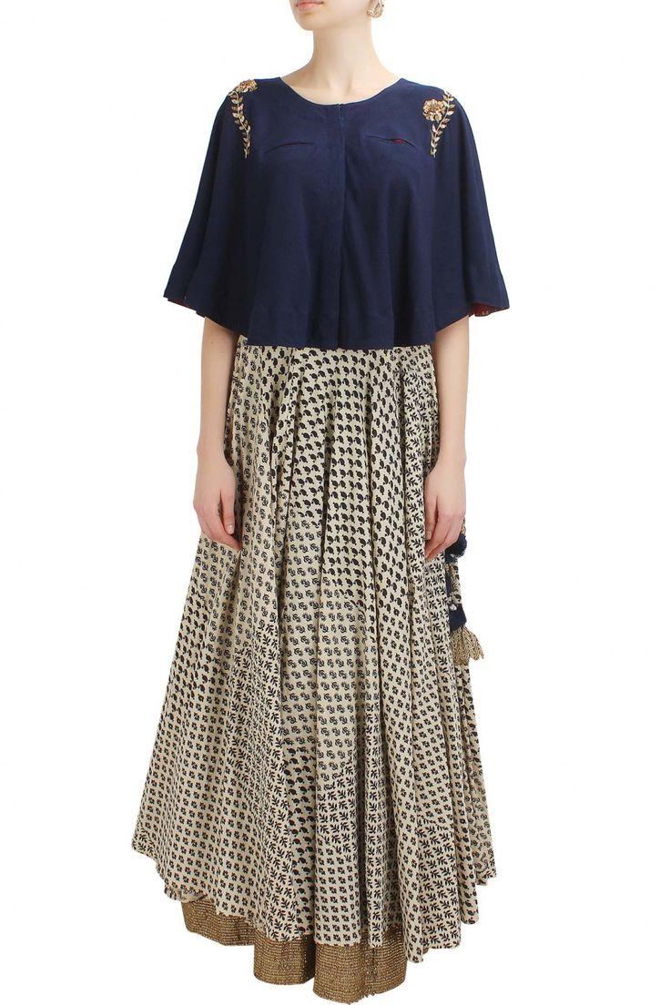 #perniaspopupshop #natashaj #embroideredmotifs #clothing #shopnow #happyshopping