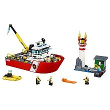 LEGO City - Barco de Combate ao Fogo
