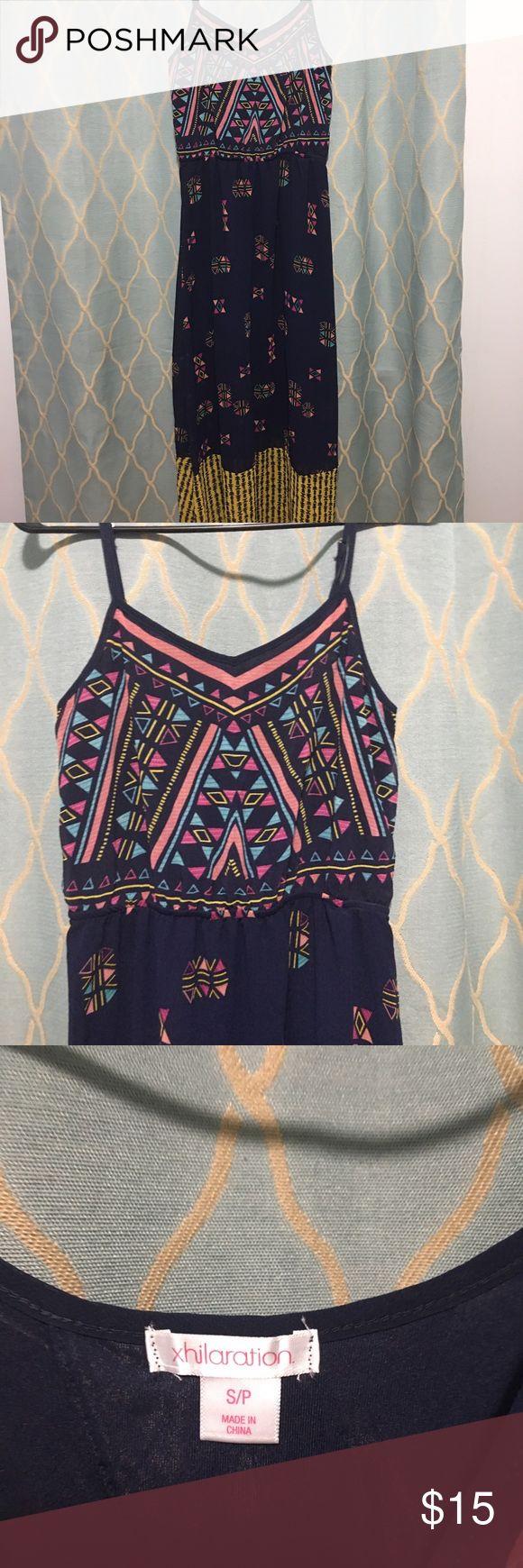 Tribal maxi dress with keyhole back Xhilaration navy maxi with tribal patterns Xhilaration Dresses Maxi