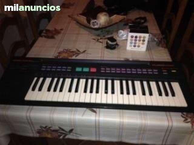 PIANO YAMAHA - 40$ Málaga