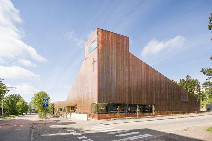 Suvela Chapel / OOPEAA. Image © Mika Huisman