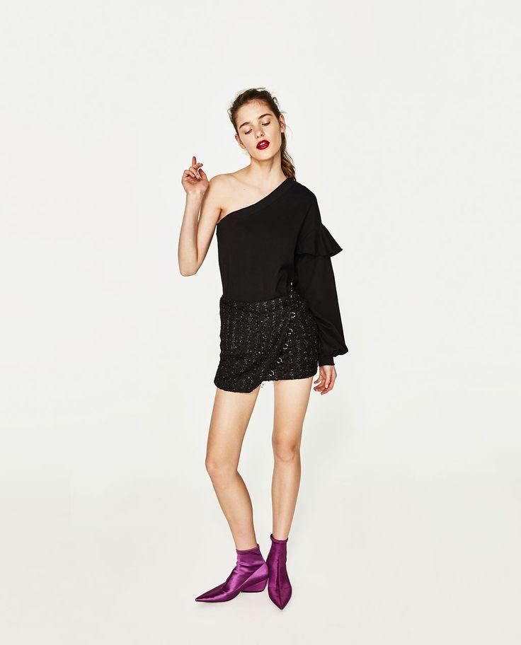 Image 1 of OFF-THE-SHOULDER SWEATSHIRT from Zara