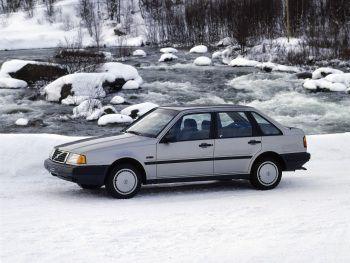1988-94 Volvo 440 GL