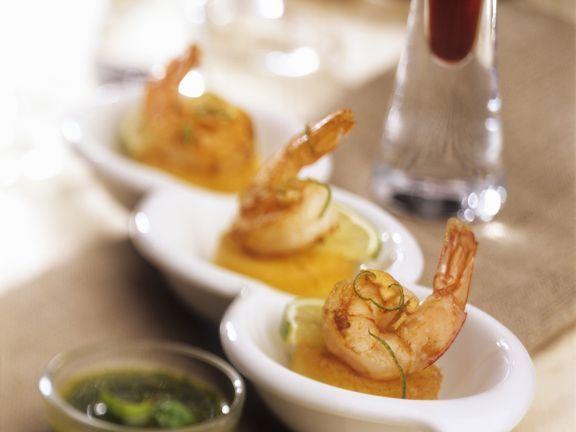 Shrimps auf Polentaplätzchen ist ein Rezept mit frischen Zutaten aus der Kategorie Garnelen. Probieren Sie dieses und weitere Rezepte von EAT SMARTER!