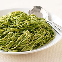 """WW: Pasta with Creamy Spinach Pesto NOTE: Will use zucchini """"noodles"""" instead of pasta (6 points)"""