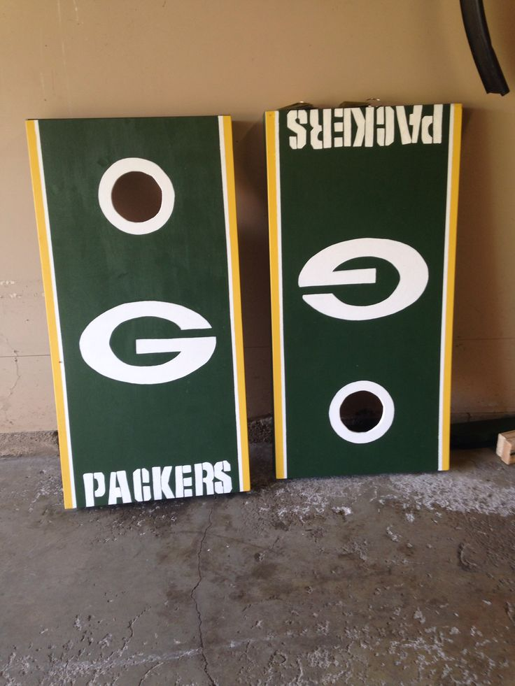 Greenbay Packers corn hole game