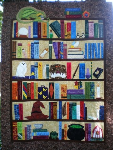 woozelmom - RE: The Project of Doom comes to an end. (Happy and a little sad at the same time.): Quilting Ideas, Quilt Ideas, Potter Quilts, Bookshelf Quilts, Harry Potter Fabric, Quilt Sewing Ideas, Bookcase Quilt, Harry Potter Quilt