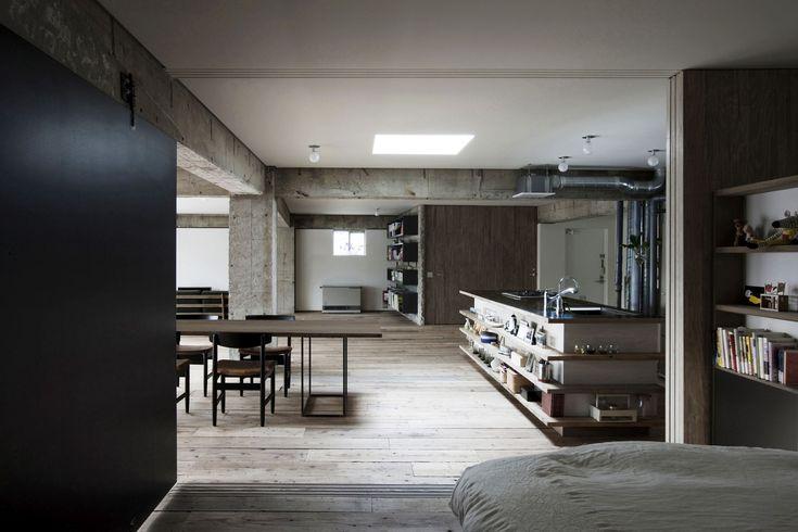Sakura flat, Private House, Openplan modern concrete home., Architects: Architects: Hitoshi Wakamatsu Architect and Associates