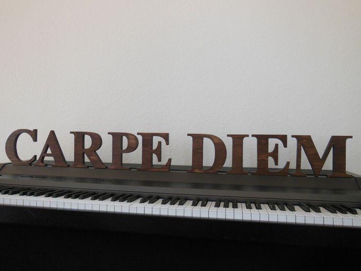 """Schriftzug """"CARPE DIEM"""" antik braun von Designsouris auf DaWanda.com"""