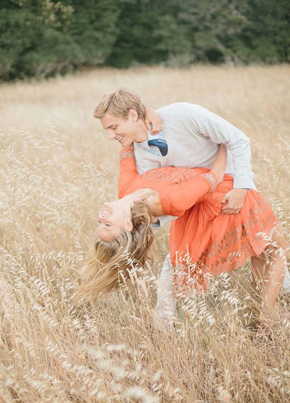 Twirls and dips- this is the stuff that engagement photo dreams are made of. Engagement Photos, Couple Photo Ideas, Photo Poses