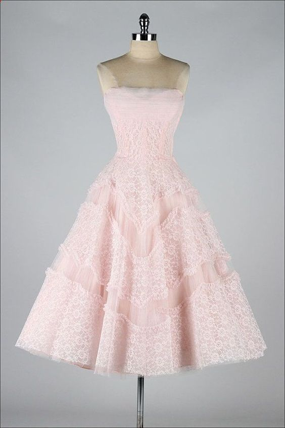 25 best ideas about 1950s prom dress on pinterest for Vintage wedding dresses paris