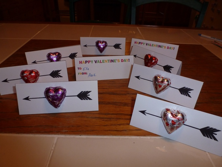 Candy heart arrow Valentines