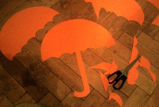 DIY Parasolki pomarańczowe z papieru. Dekoracja pokoju dziecka.  Autor: Pracownia Bordo