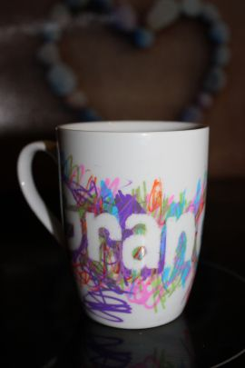 DIY Oil Sharpie Grandparent mug gift from grandchildren/toddler/pre-schooler. Simple craft suited to a short attention span. Professional result.