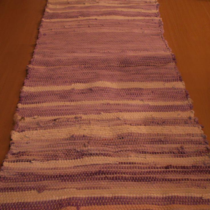 tkaný kobereček - hadrák - fialovo-bílý