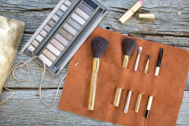 15 Clever DIY Makeup Storage   Organization Ideas