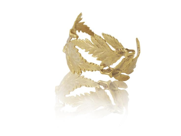 My wn hand made Gold bracelet from amazing Artelier desinger Cristina Ramella <3 im in love