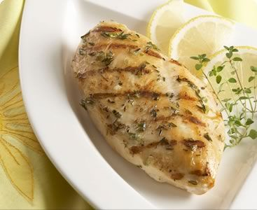 Lemon thyme chicken  Fistly, remove the giblets from the chicken and then spread a mixture consisting of 1 lemon juice, 2 tablespoons of mustard, 1 mashed garlic clove and ½ cup of olive oil. Sprinkle with a little salt and pepper and put 1 sprig of thyme into the belly...