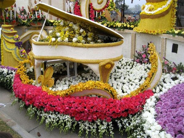 Rose Parade - Tournament of Roses Parade Float - volunteering to decorate floats at the Rose Parade - Pasadena, CA