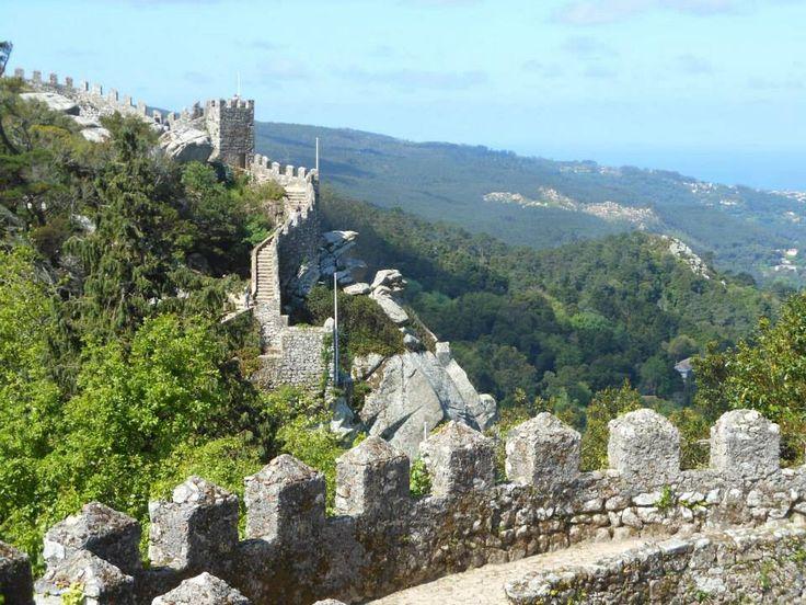 The castelo dos mouros... At Sintra