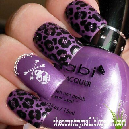 Nabi Purple Punk Nails. More nail inspirations on http://bellashoot.com