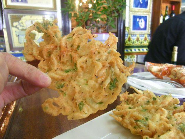 Las típicas tortillitas de camarones de Cádiz... ¡podrían tener 500 años!    The shrimp omelettes typical of Cadiz... could have 500 years!
