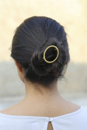 Circle barrette * also available @ wip