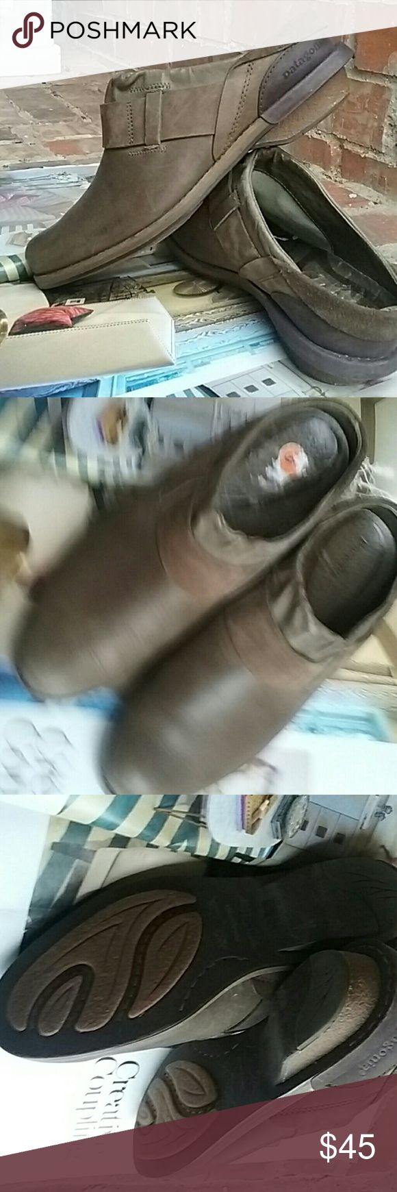 Patagonia shoes. . Really nice and in a good condition size 6 patagonia  Shoes Mules & Clogs