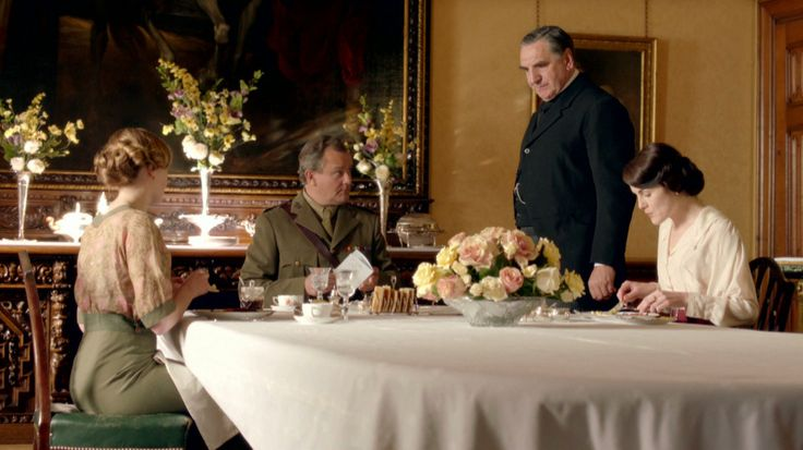 Downton Abbey 2x02 Episode Two 6431 hoge rokken