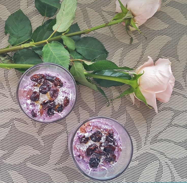 RAW Blueberry and Buckwheat Porridge — Natalie Brady