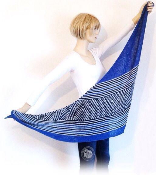 DUTCH KNITTY .  Doo Wop shawl test made by Dutch Knitty for Maliha Designs  knitted shawl ravelry merino silk knit