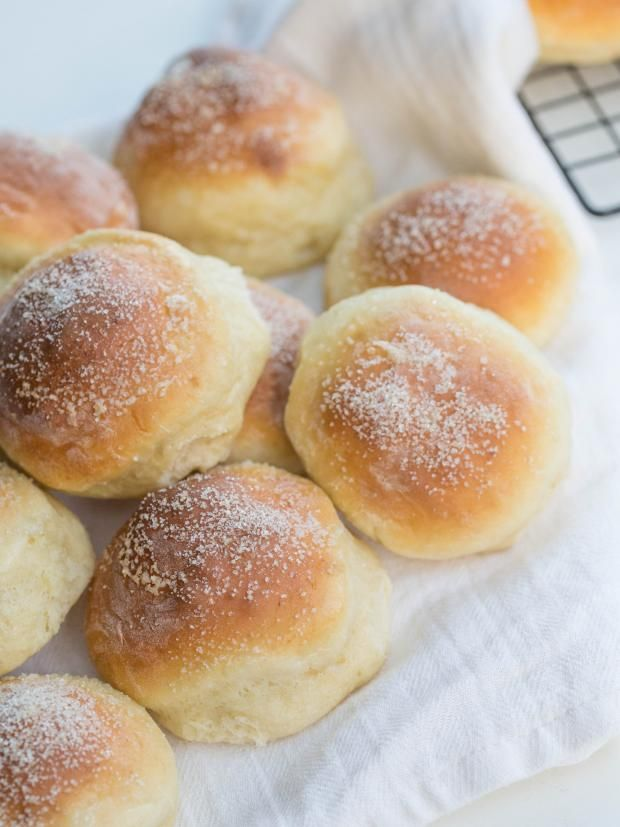 Quick Cottage Cheese Buns, they would make a perfect breakfast. Just in under 30 minutes you can be having those pillow soft buns
