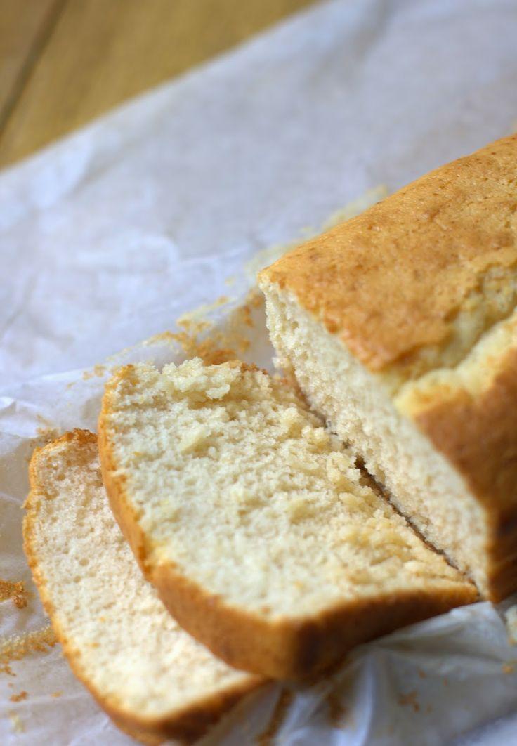 bizcocho sin gluten, sin lactosa y sin azúcar añadido, con harina y leche de arroz y con edulcorantes
