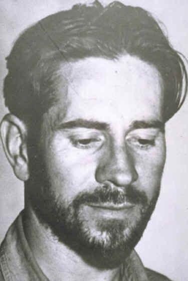 """John Steinbeck - Escritor → """"As Vinhas da Ira""""."""