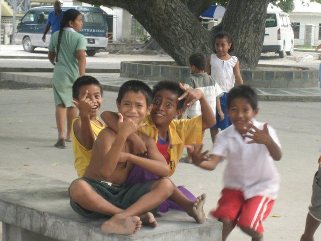 I-Kiribati children in South Tarawa ◆Kiribati - Wikipedia http://en.wikipedia.org/wiki/Kiribati #Kiribati