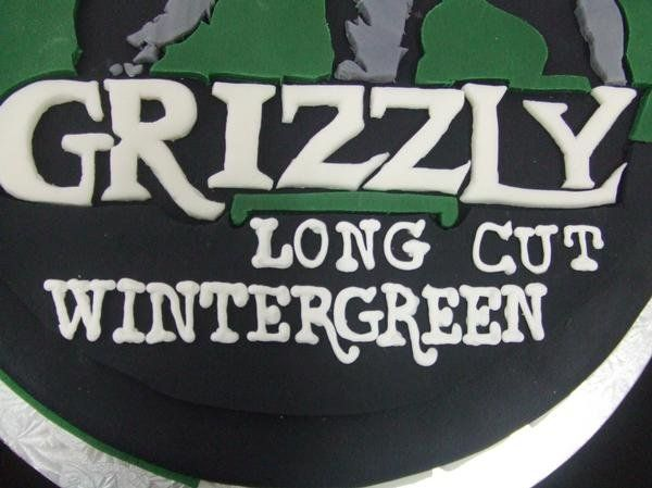 Grizzly Wintergreen Dip Can Cake
