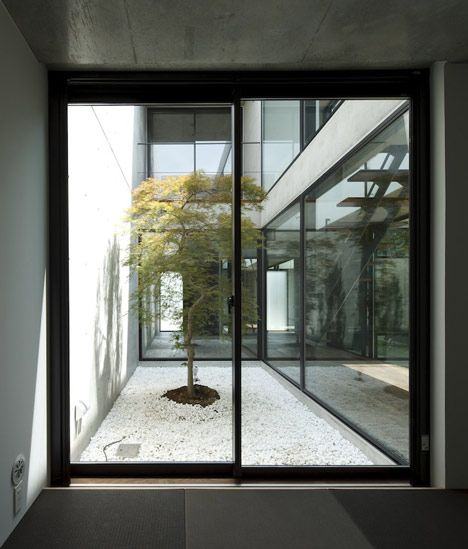 Modern Japanese Home Interior: 17 Best Ideas About Courtyard House On Pinterest