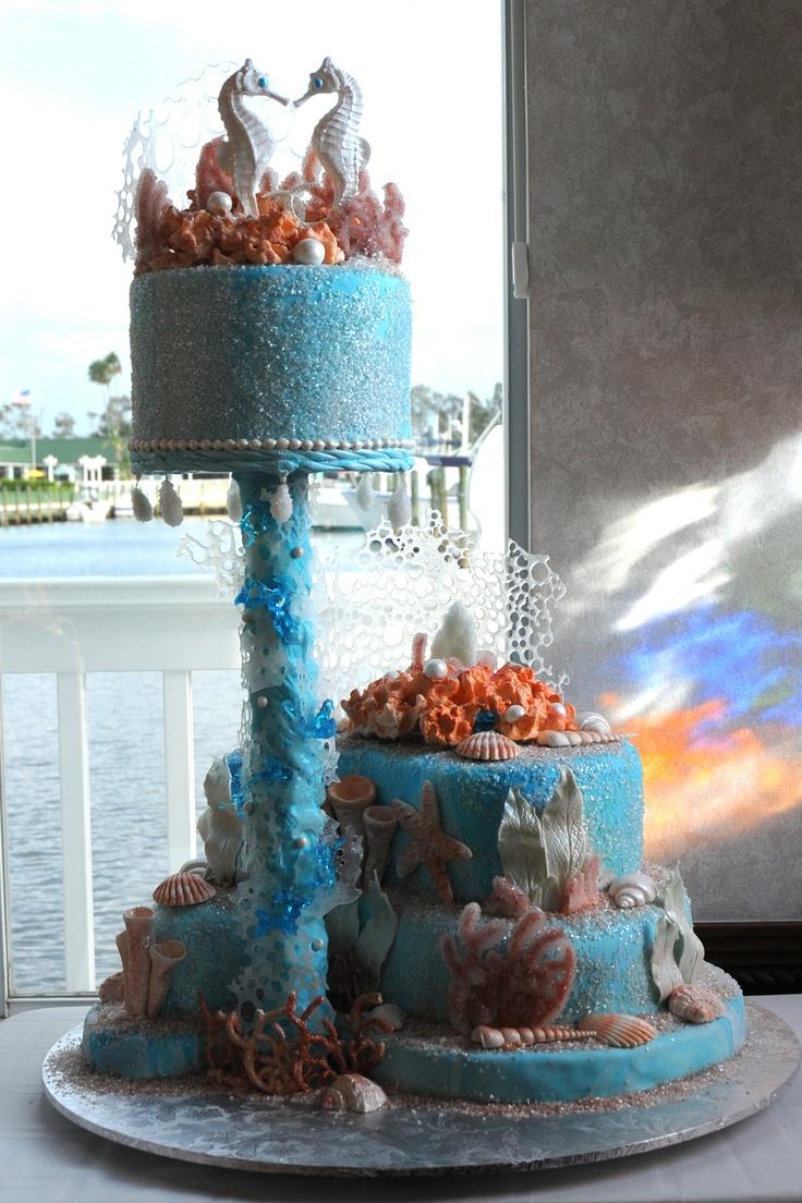 Kissing Seahorses wedding cake topper is a good idea for Ocean Theme wedding cake